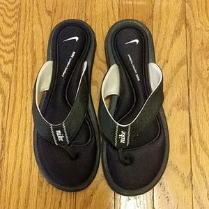 NIKE Comfort Footbed Flipflops